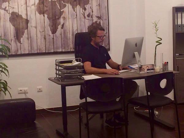 Anders en la oficina de Nerja